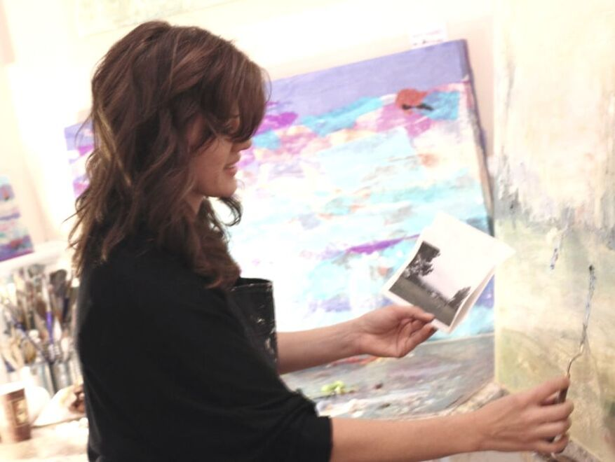 Jenny King Artist Painting on the Easel blog